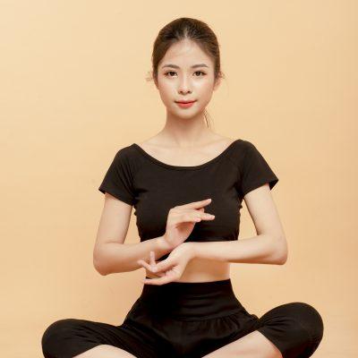 Địa chỉ mua quần áo tập Yoga cao cấp tại Hà Nội